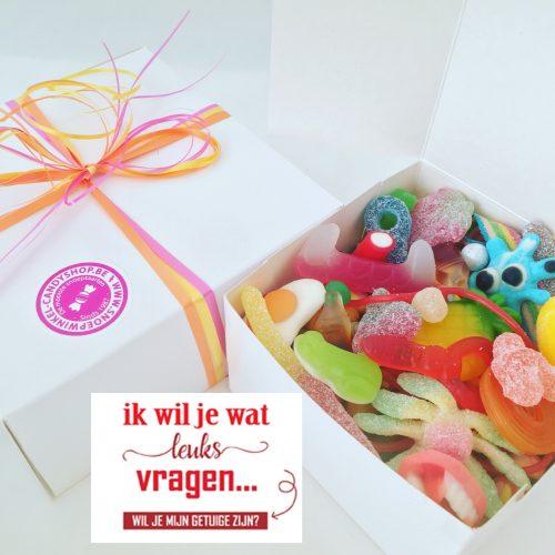 Candy Box ⎜Ik wil je wat leuks vragen, wil je mijn getuige zijn?