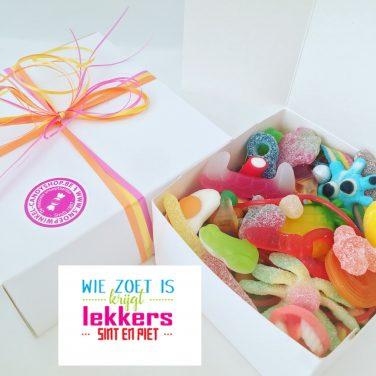 Candy Box ⎜Wie zoet is krijgt lekkers, Sint en Piet